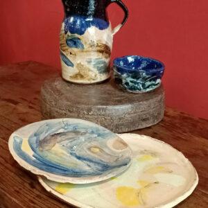 Photographie présentant un ensemble de céramiques