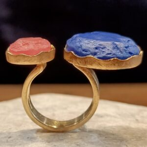 Picture showing a vermeil lapis and rhodochrosite ring.