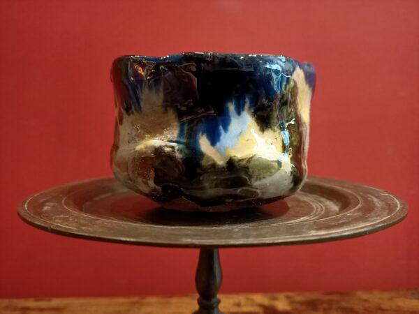 Gazed earthenware bowl.
